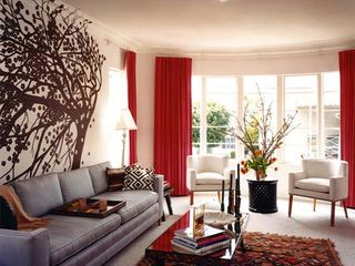Rich-red-white-living-room-decor-ideas-red-curtains